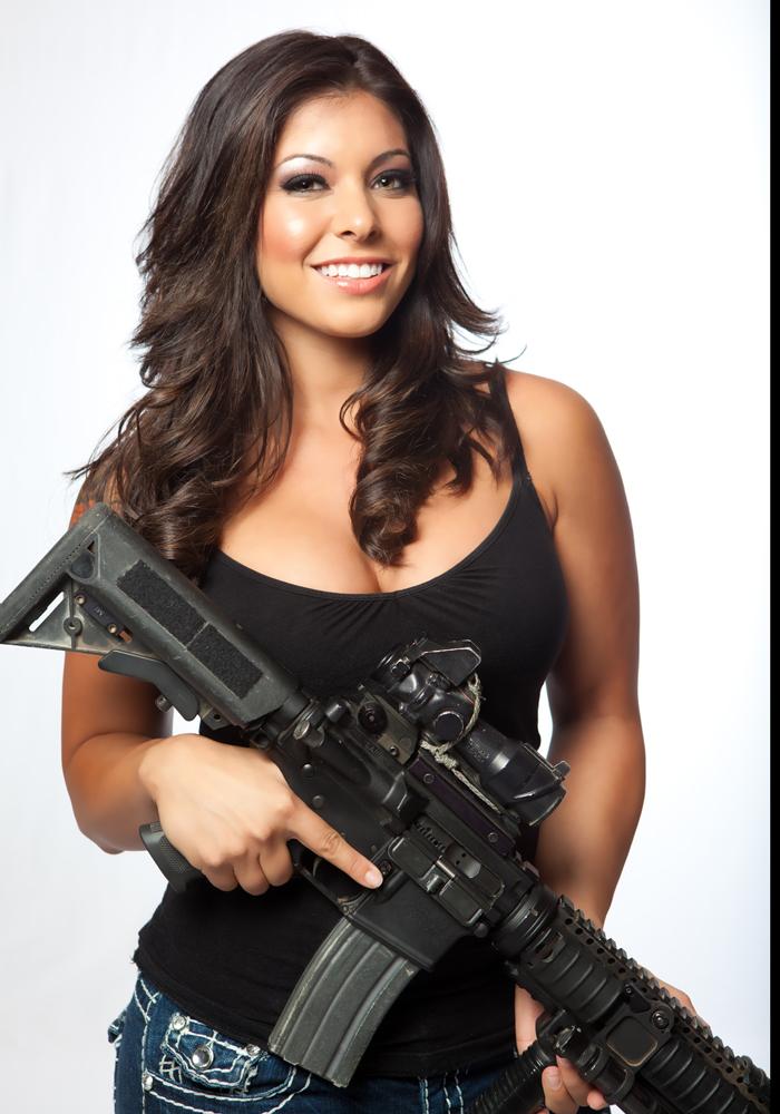 31 Девушки и оружие
