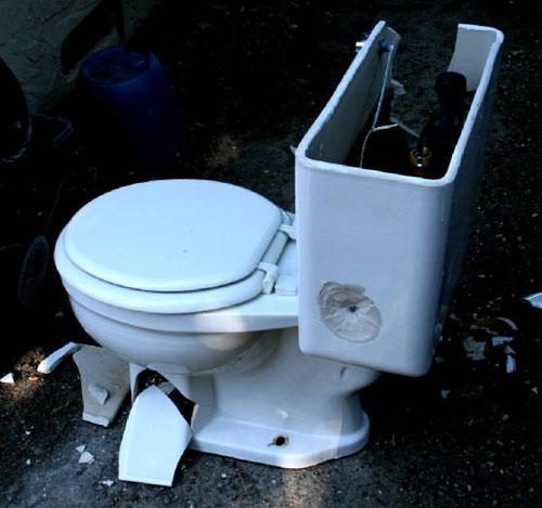 Toiletbashing004 Тюнинг AirForce от компании Talon Tunes
