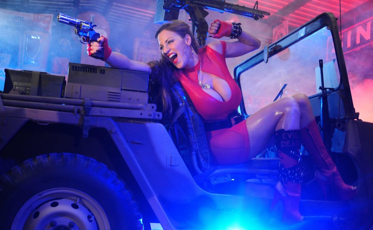girl war 161 1280x790 Девушки и оружие