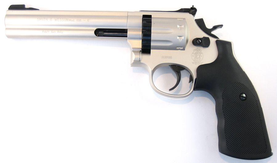 SW686 5 1 Сравнение пневматических револьверов Smith&Wesson 686 и 586