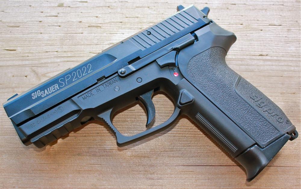 Pnevmaticheskij pistolet Cybergun Sig Sauer SP2022 Cybergun Sig Sauer SP2022
