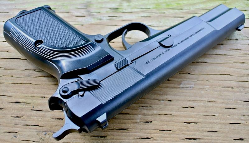 Browning Hi power Mark III Left Top Пневматический пистолет Umarex Browning Hi power Mark III