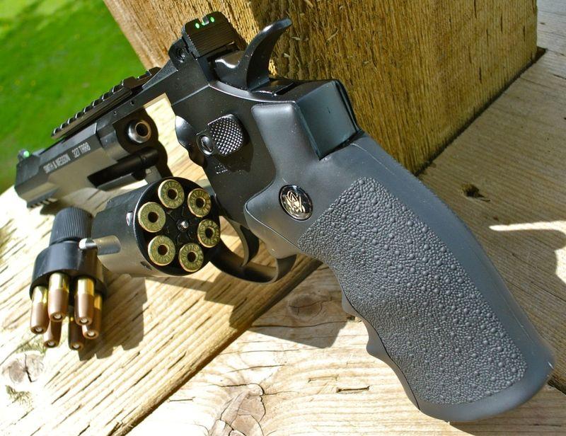Umarex SW 327 TRR8 Left Open Back Пневматический пистолет Umarex Smith&Wesson 327 TRR8