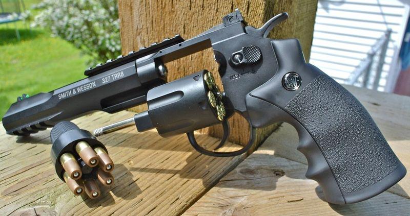 Umarex SW 327 TRR8 Left Open Side Пневматический пистолет Umarex Smith&Wesson 327 TRR8