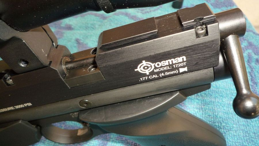 Crosman 1720T 5 Пистолет для филд таргета Crosman 1720T калибра 4.5 мм