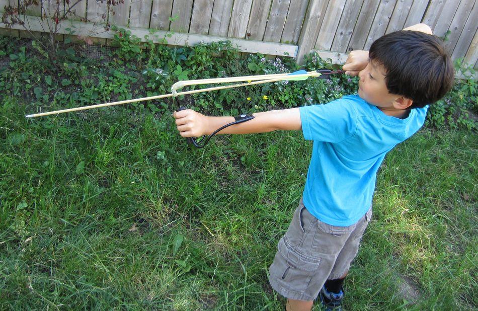 SlingBow1 Рогатка, стреляющая стрелами