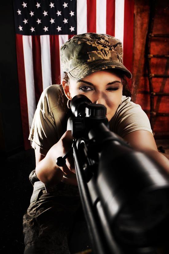 Girls and guns 07 Красивые девушки и оружие