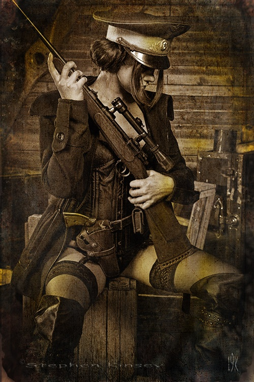 Girls and guns 10 Красивые девушки и оружие