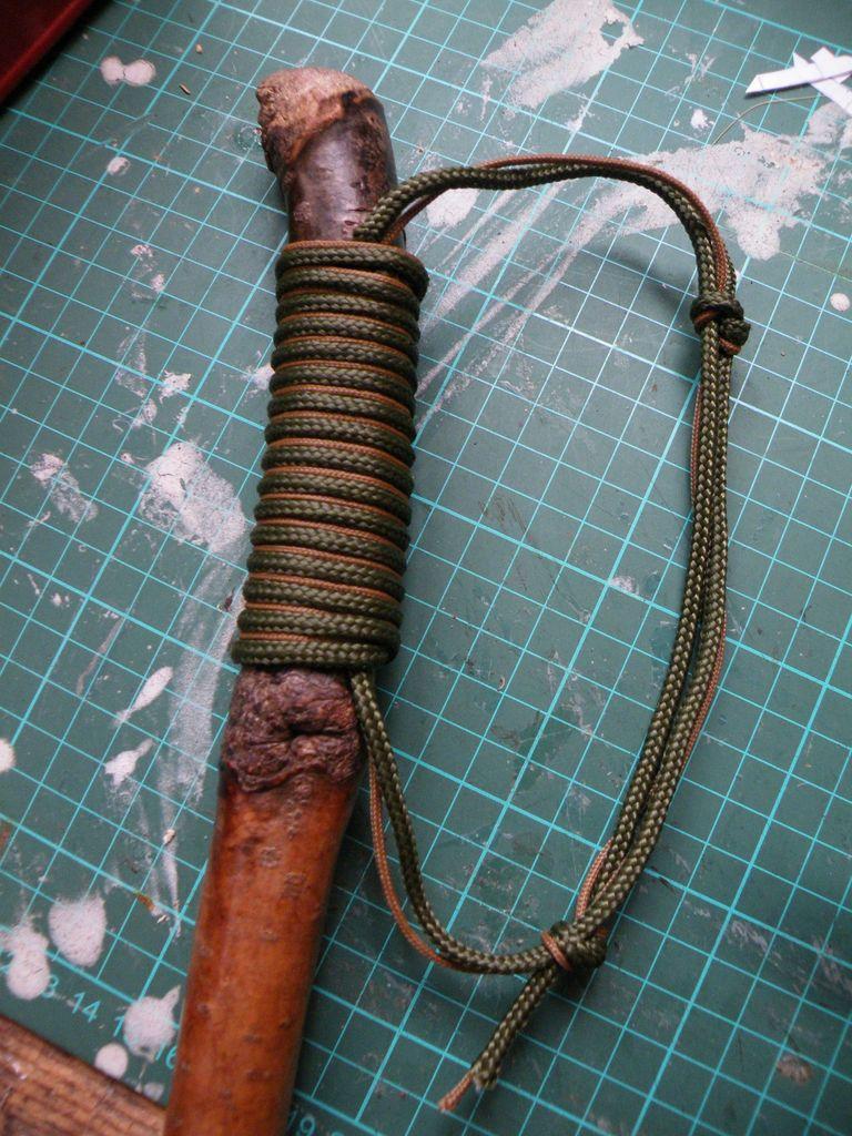 rukoyatka iz parakorda Рукоятка из парашютного шнура