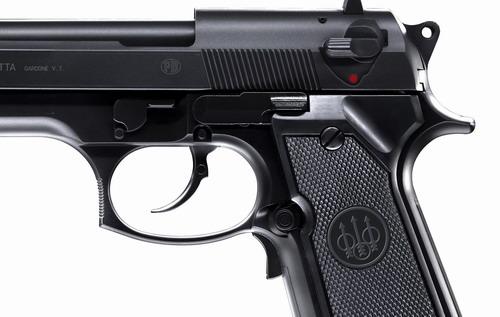 6a Пневматический пистолет Beretta M 92 FS