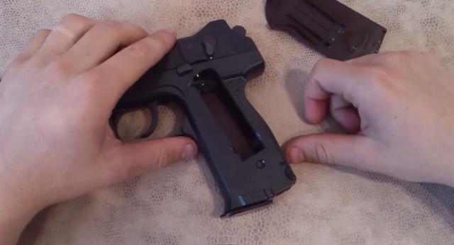 stechkin06 Пневматический пистолет Стечкина (АПС)
